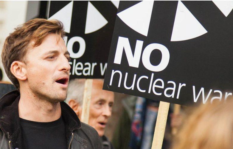 25 años del Tratado de Prohibición de Pruebas Nucleares, por un mundo libre de armas atómicas